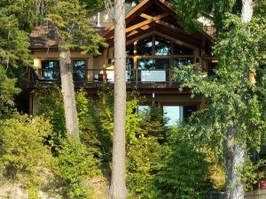cabin from lake