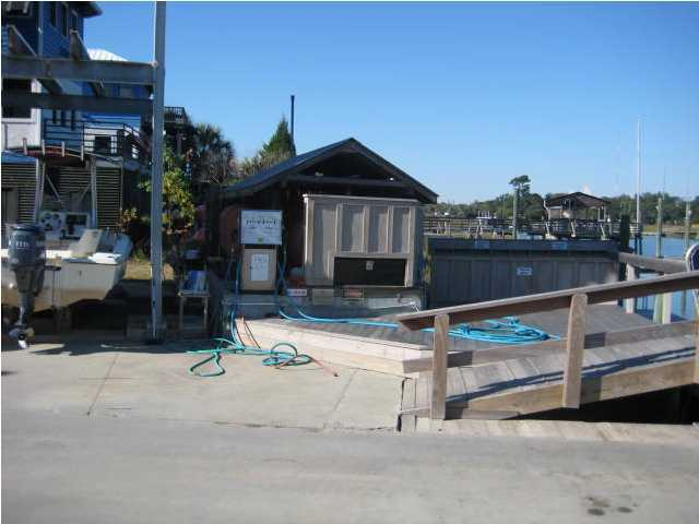 Shem Creek Marina Homes For Sale - 526 Mill, Mount Pleasant, SC - 3