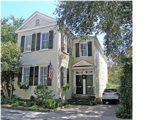 47 Queen Street, Charleston, 29401, 4 Bedrooms Bedrooms, ,3 BathroomsBathrooms,For Sale,Queen,1011429