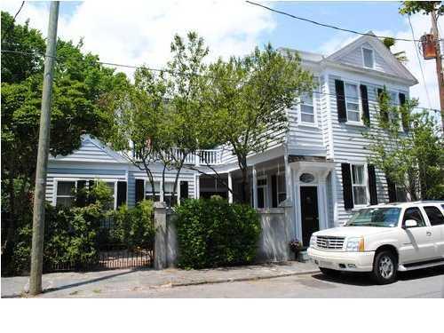 35 Savage Street, Charleston, 29401, 3 Bedrooms Bedrooms, ,2 BathroomsBathrooms,For Sale,Savage,1011038