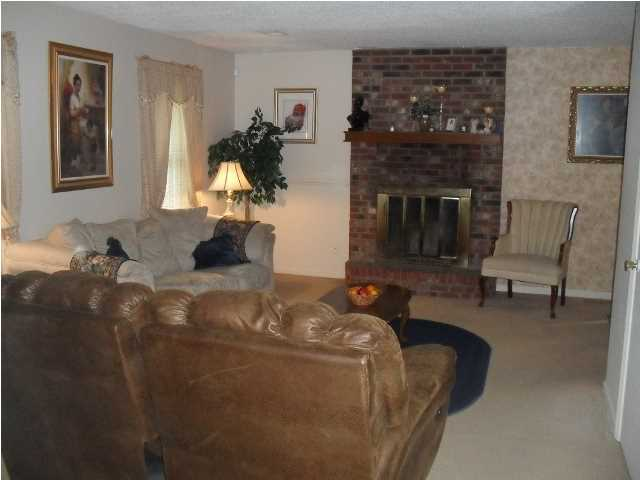 Robynwyn Homes For Sale - 205 Shamrock, Summerville, SC - 1