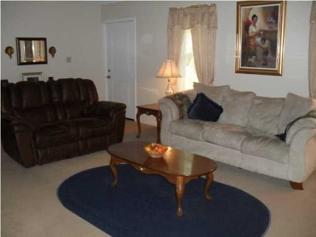 Robynwyn Homes For Sale - 205 Shamrock, Summerville, SC - 2