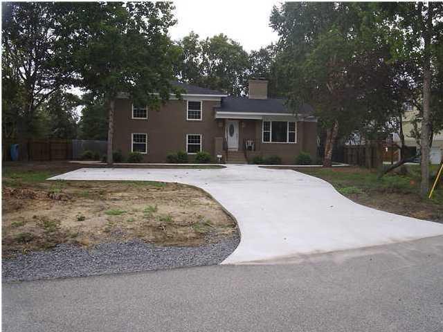 1838 Cornish Avenue, Charleston, 29412, 4 Bedrooms Bedrooms, ,2 BathroomsBathrooms,For Sale,Cornish,1011567