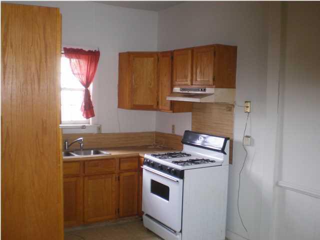 400 Meeting Street Homes For Sale - 4 Kennedy, Charleston, SC - 2
