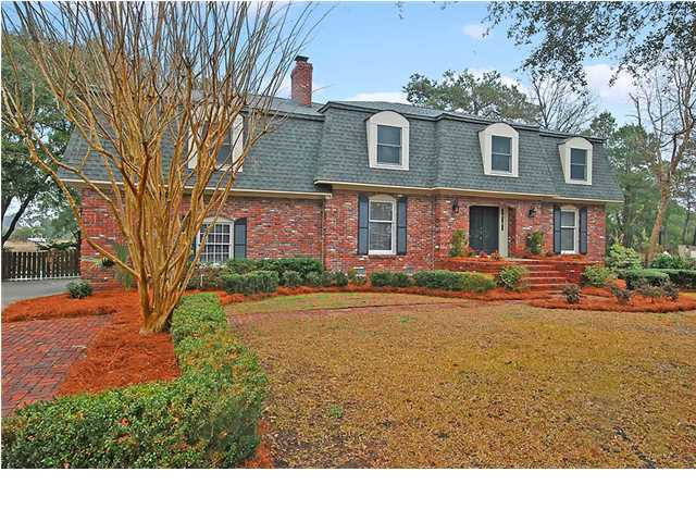 Wakendaw Manor Homes For Sale - 1180 Manor, Mount Pleasant, SC - 3
