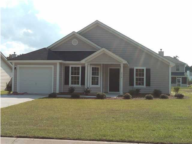 2016 Culloden Drive, Summerville, 29483, 3 Bedrooms Bedrooms, ,2 BathroomsBathrooms,For Sale,Culloden,1011082