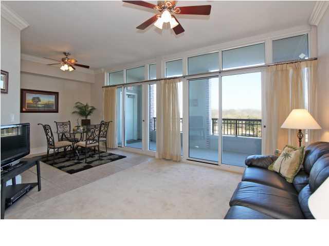 The Renaissance On Charleston Harbor Homes For Sale - 143 Plaza, Mount Pleasant, SC - 15