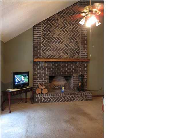 Palmetto Plantation Homes For Sale - 8551 Wagram, North Charleston, SC - 4
