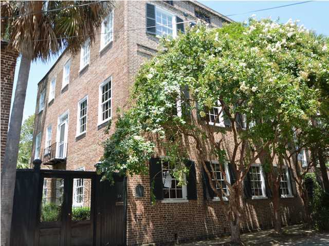 Photo of 24 Wentworth St, Charleston, SC 29401