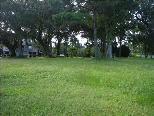 Photo of 848 Grannys Ln, Awendaw, SC 29429