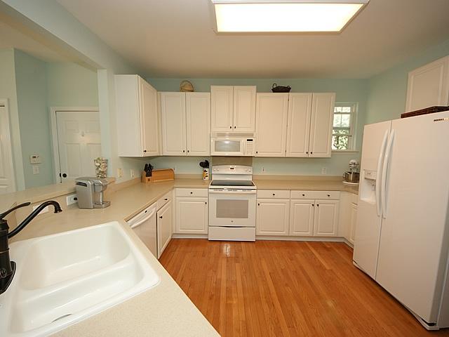 Etiwan Park Homes For Sale - 111 Brady, Daniel Island, SC - 9