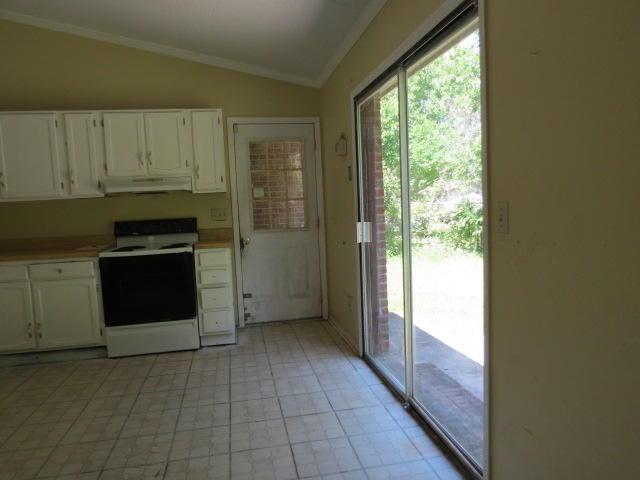 Shannon Homes For Sale - 119 Clover, Summerville, SC - 11