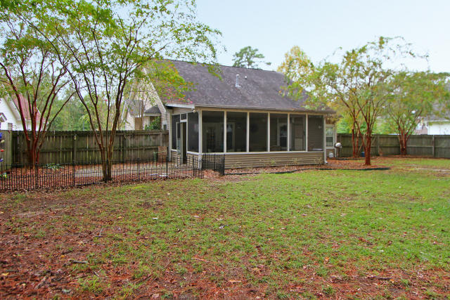 Cross Creek Estates Homes For Sale - 110 Winslow, Summerville, SC - 2