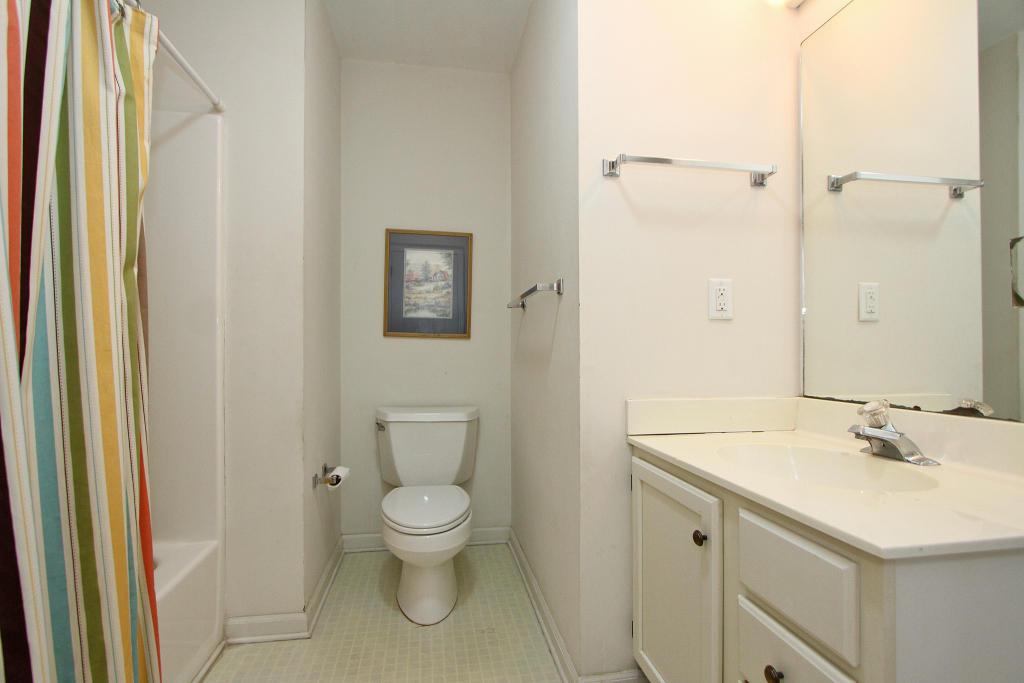 Isle of Palms Homes For Sale - 1 47th (1/13th), Isle of Palms, SC - 49