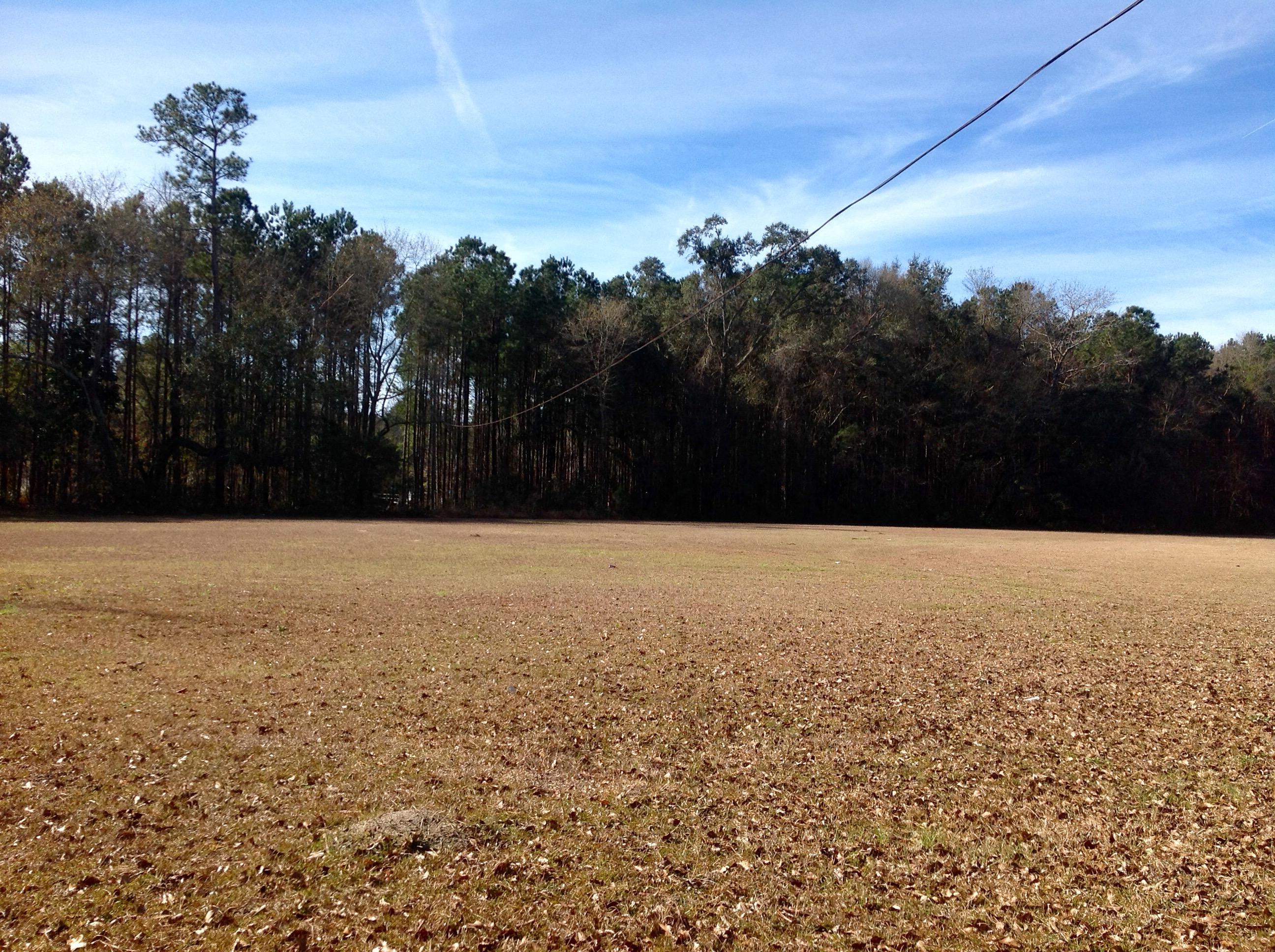 Photo of 820 Gahagan Rd, Summerville, SC 29485