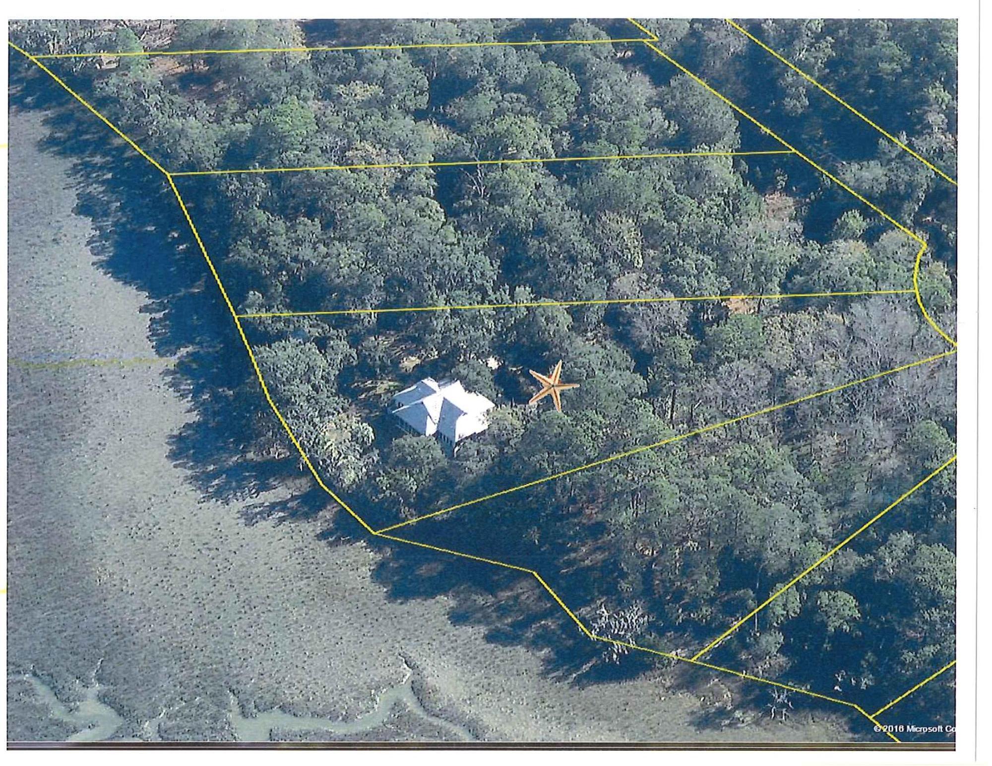 Photo of 8449 Palmetto Pointe Rd, Edisto Island, SC 29438