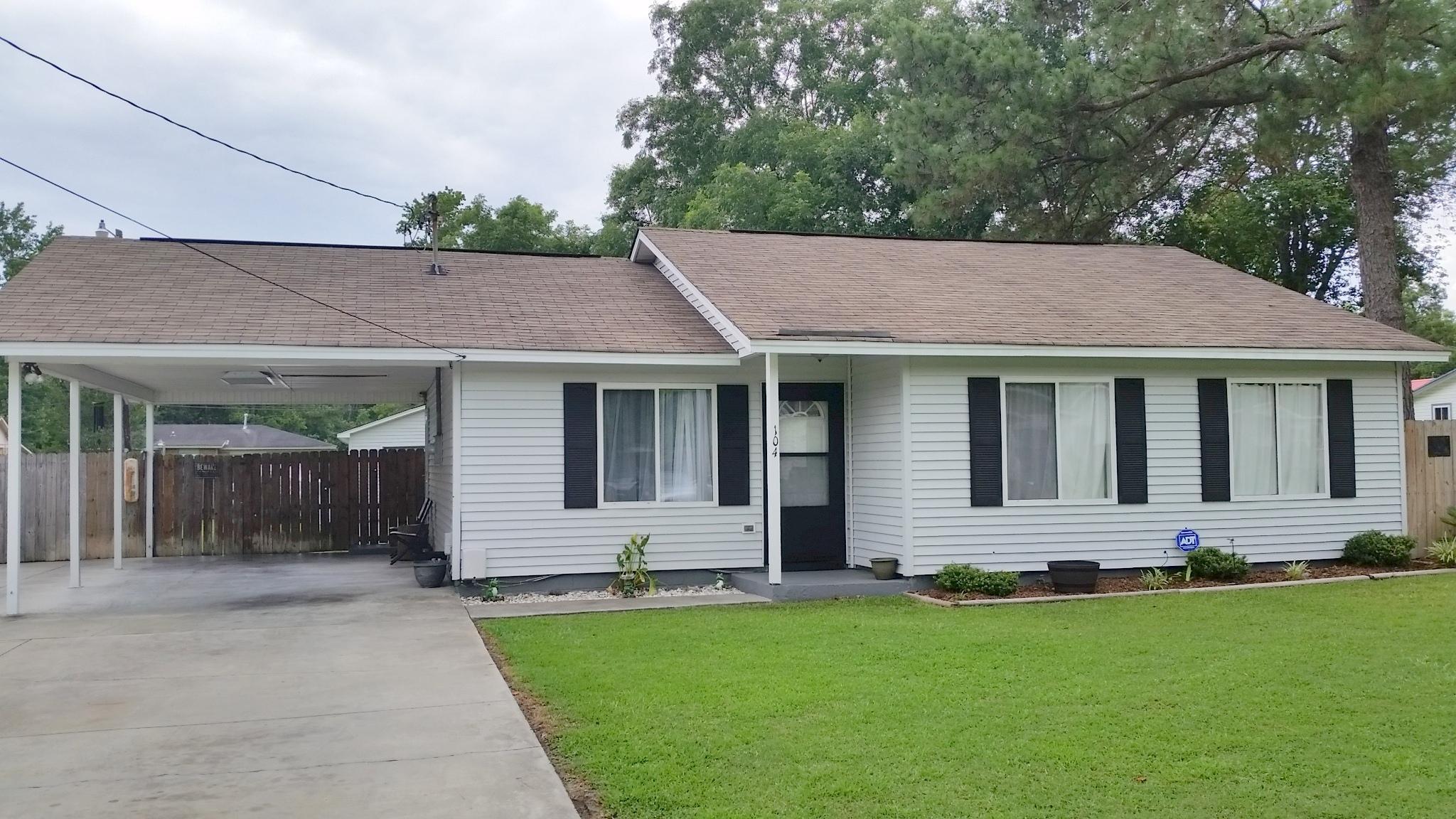 Shannon Homes For Sale - 104 Clover, Summerville, SC - 1