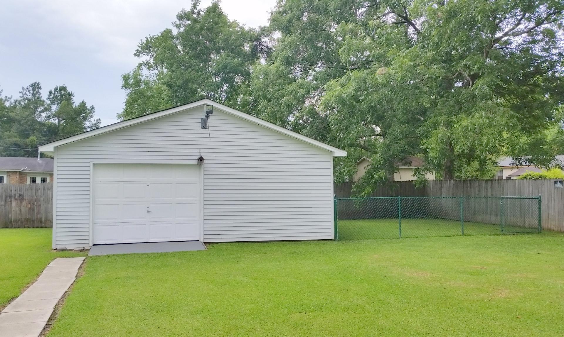 Shannon Homes For Sale - 104 Clover, Summerville, SC - 14