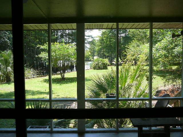 Photo of 1404 Duboise Dr, Summerton, SC 29148