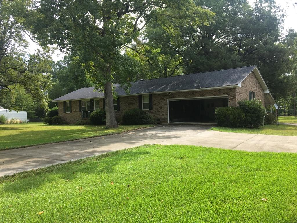 Photo of 113 Jean Dr, Eutawville, SC 29048
