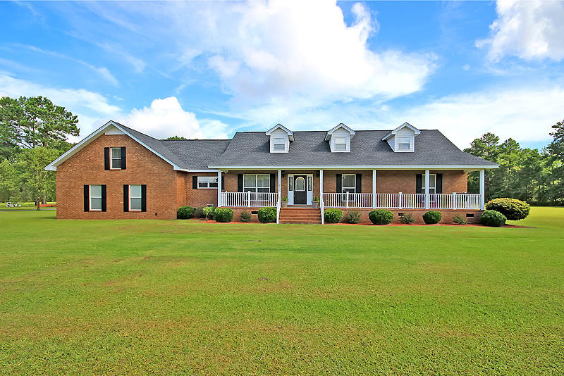 Photo of 416 Elsey Dr, Moncks Corner, SC 29461