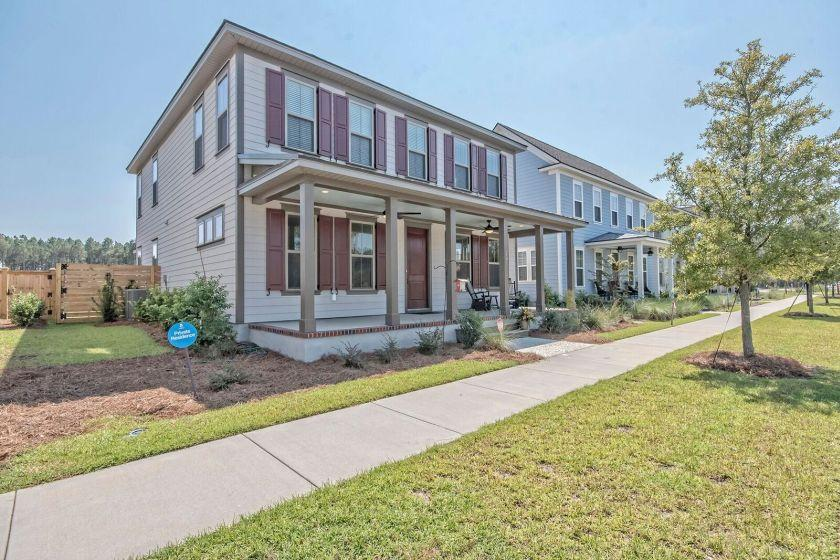 Photo of 207 Great Lawn Dr, Summerville, SC 29483