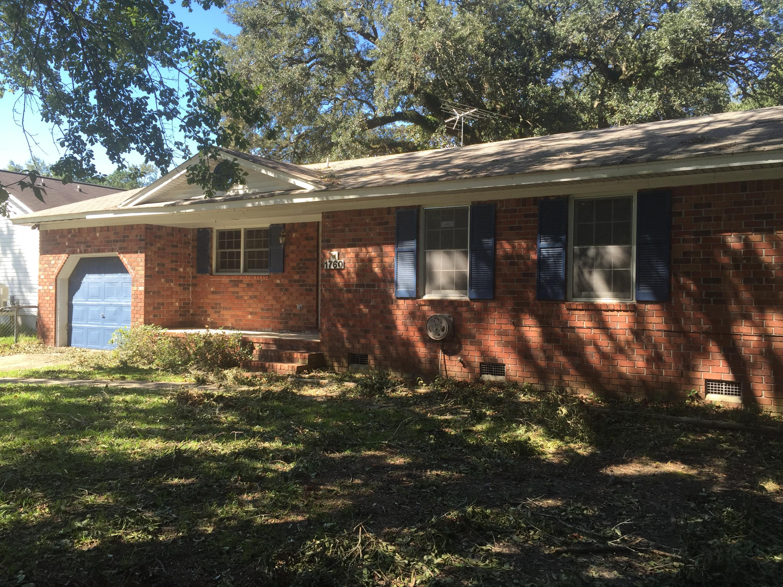 Double Oaks Homes For Sale - 1760 Dogwood, Charleston, SC - 0
