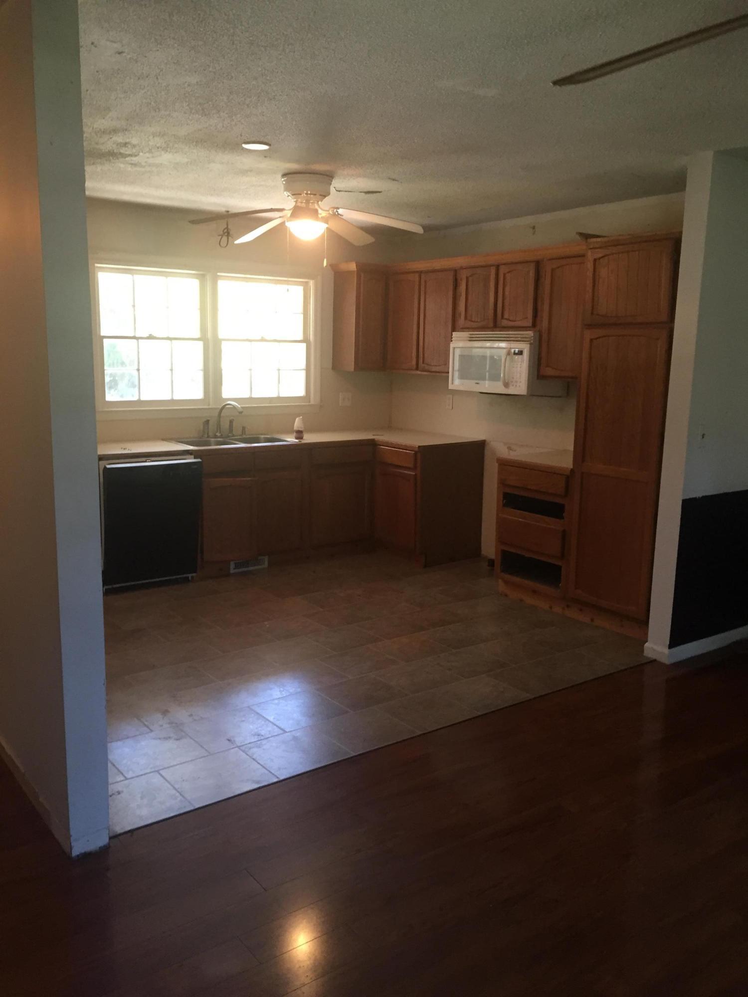 Double Oaks Homes For Sale - 1760 Dogwood, Charleston, SC - 4