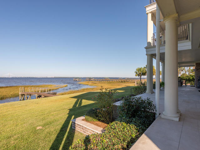 Photo of 931 White Point Blvd, Charleston, SC 29412