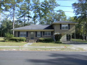232 W Pine Street, Varnville, SC 29944