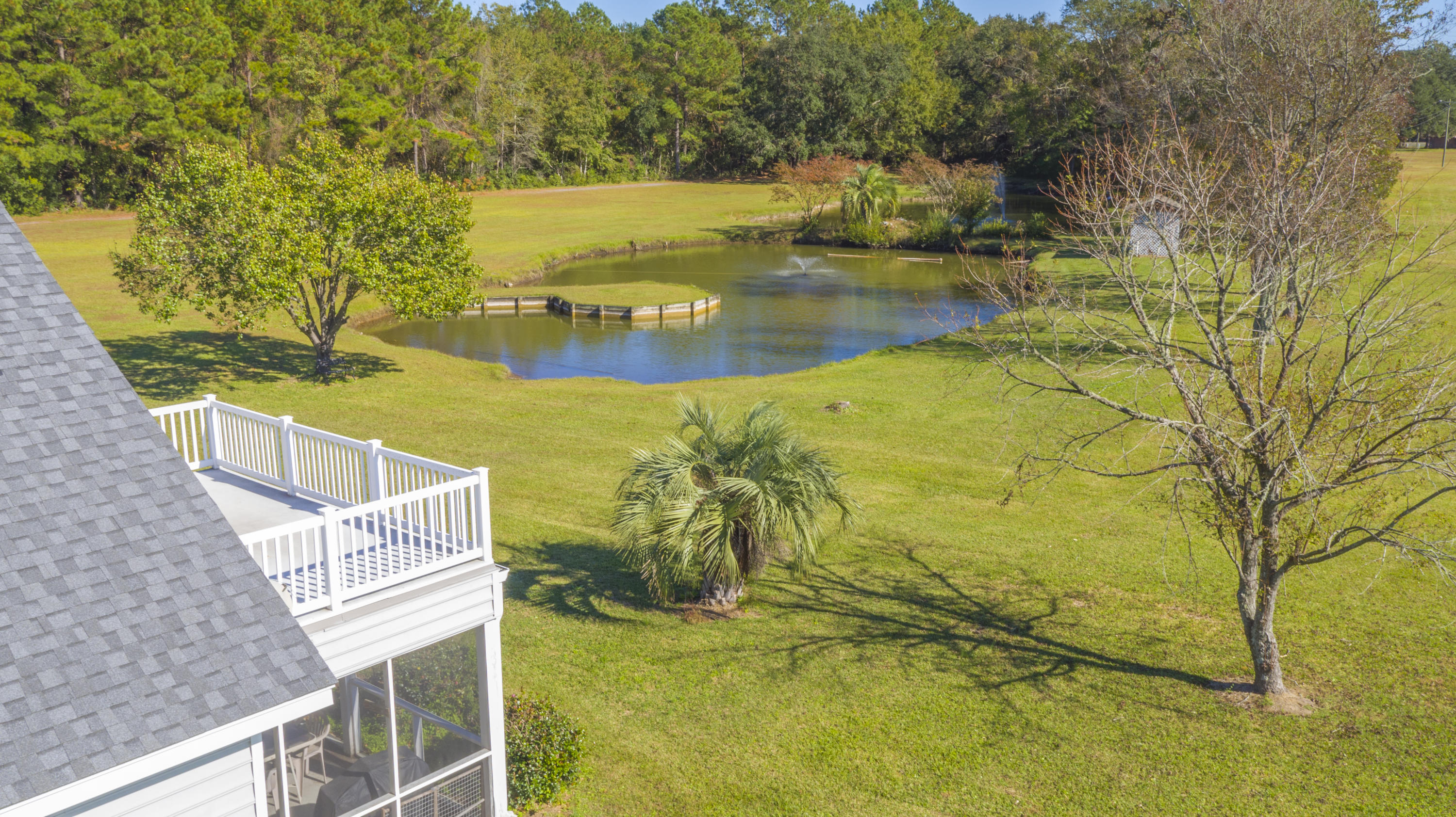 Photo of 10970 US-17, McClellanville, SC 29458