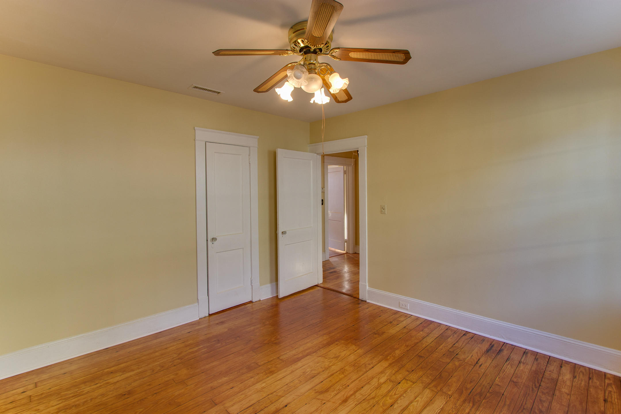 Home for sale 26 Alberta Avenue, Wagener Terrace, Downtown Charleston, SC