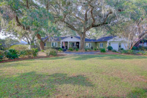 5283 Chaplins Landing Road, Hollywood, SC 29449