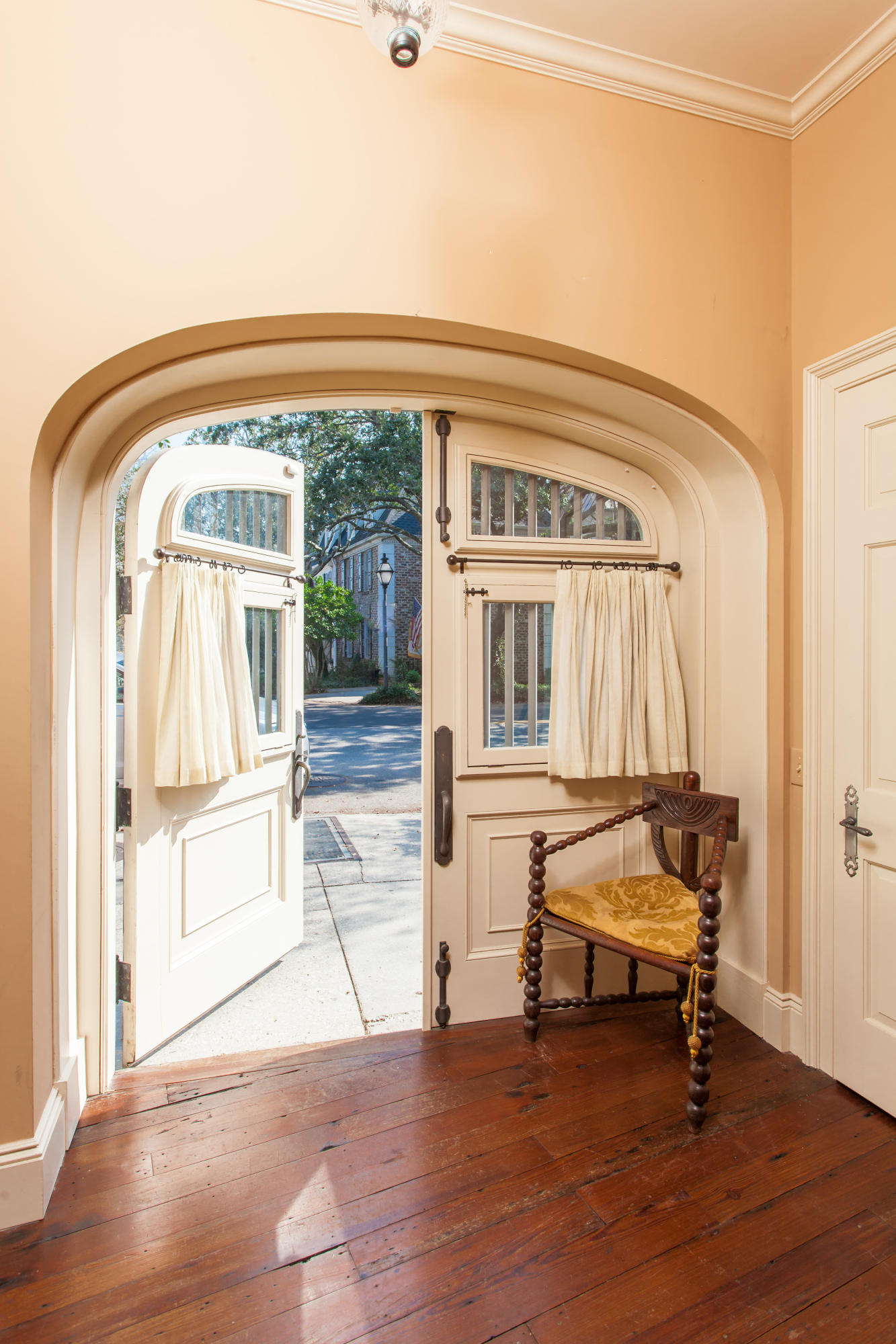 Home for sale 91 Bay Street, South Of Broad, Downtown Charleston, SC