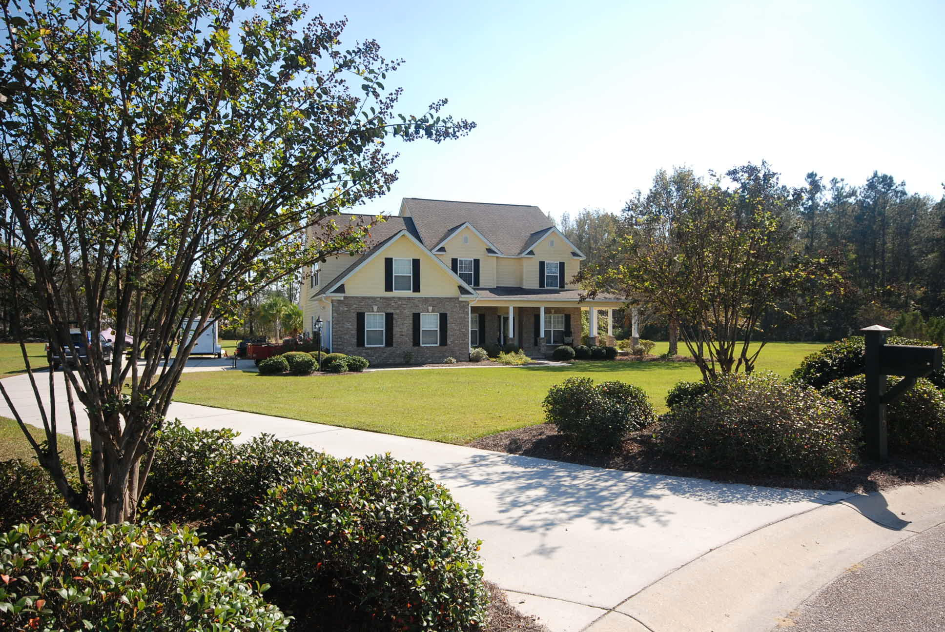 Photo of 195 Ryefield Ln, Ridgeville, SC 29472