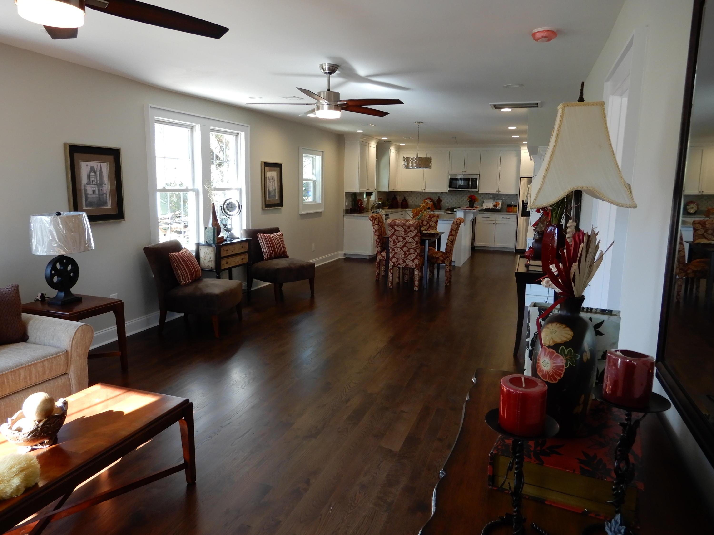 Photo of 230 W Poplar St, Charleston, SC 29403