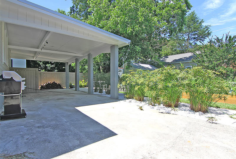 Photo of 2 Parkwood Ave, Charleston, SC 29403