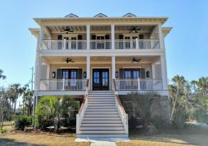 3912 Ashton Shore Lane, Mount Pleasant, SC 29466