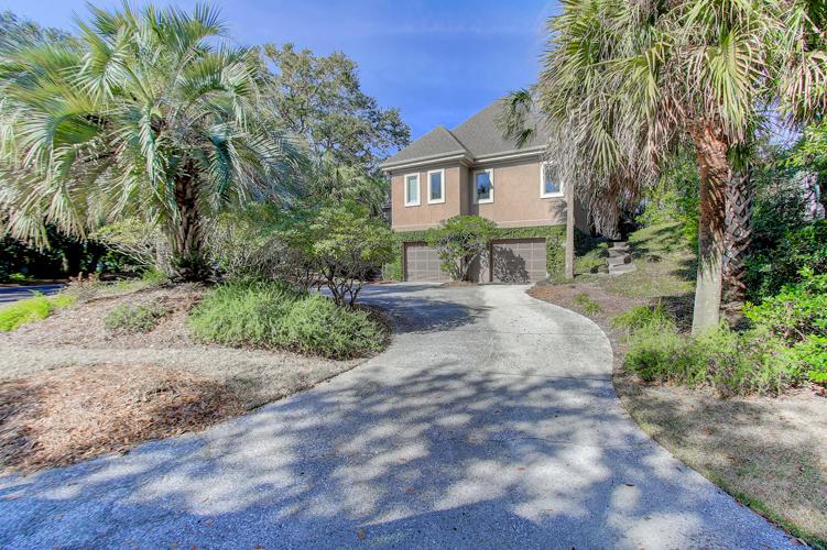 Photo of 42 Fairway Oaks Ln, Isle of Palms, SC 29451