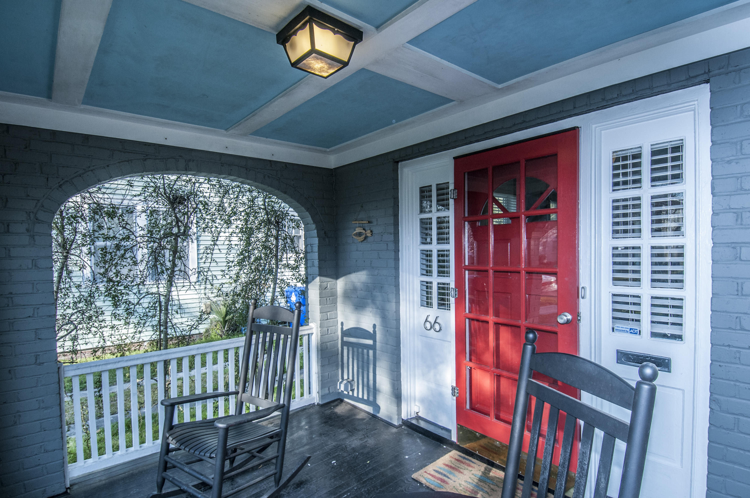 Photo of 66 Darlington Ave, Charleston, SC 29403