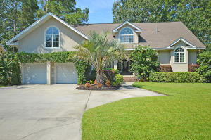 Home for Sale E Fairway Woods Dr , Coosaw Creek Country Club, Ladson, SC