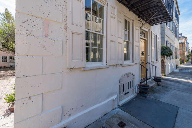 Home for sale 49 Tradd Street, South Of Broad, Downtown Charleston, SC