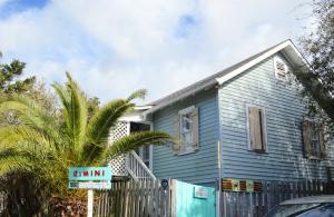 1119 E Arctic E Avenue, Folly Beach, SC 29439