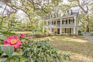 408 Sumter Avenue, Summerville, SC 29483
