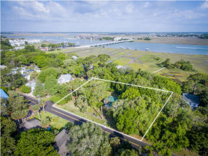 202 E Huron Avenue, Folly Beach, SC 29439