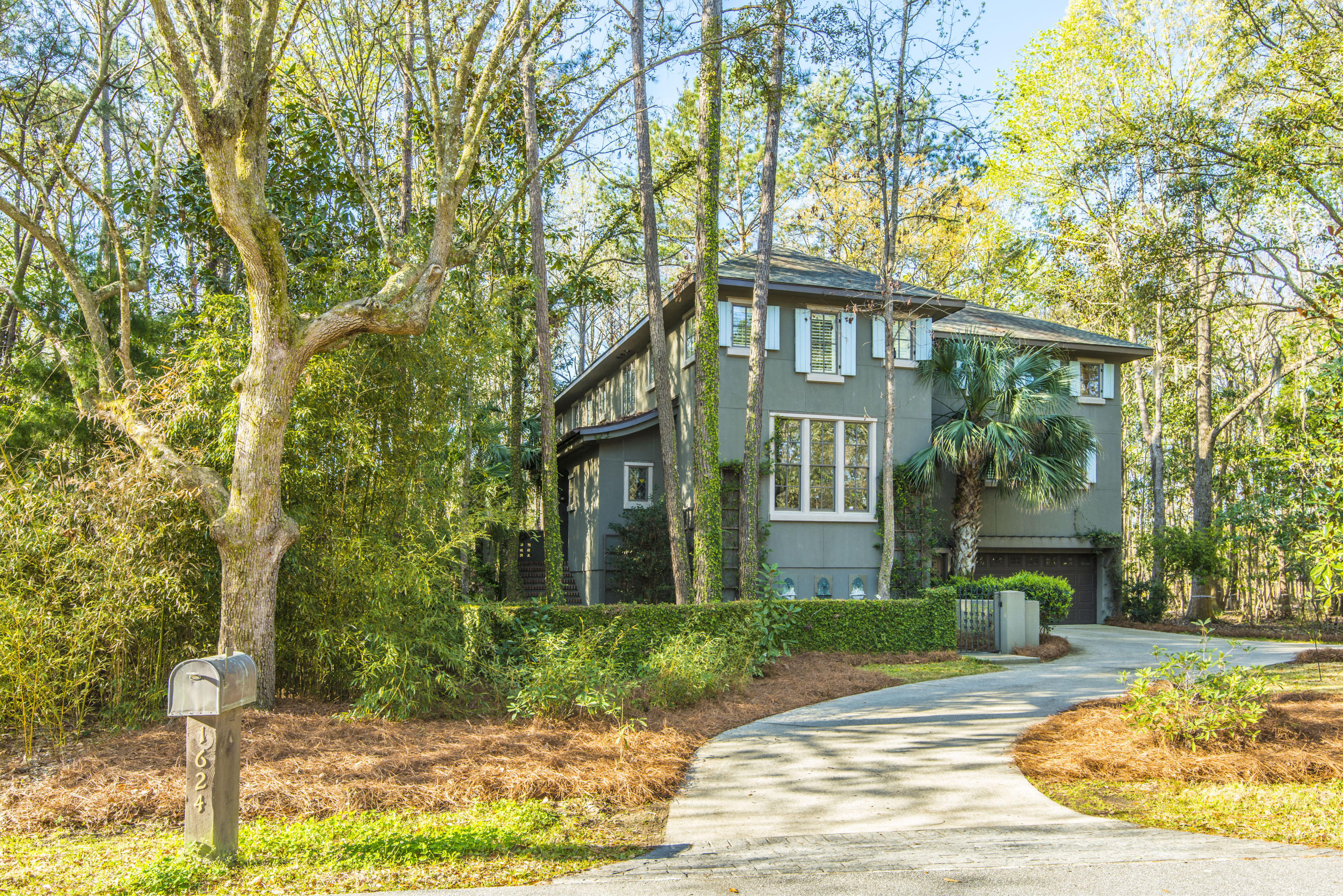 Home for sale 1624 John Fenwick Lane, The Preserve At Fenwick Plantation, Johns Island, SC
