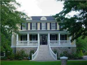 103 Oak Village Lane, Summerville, SC 29483