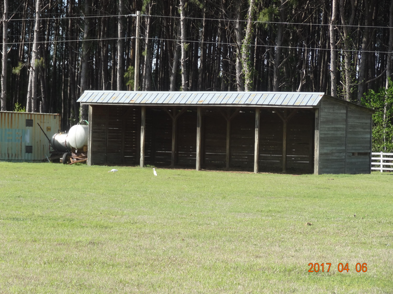 Photo of 320 Cowboy Way, Walterboro, SC 29488