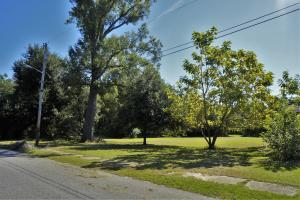 119 Pine Street, Saint Stephen, SC 29479