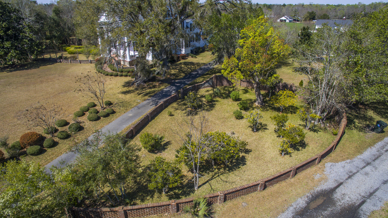 Photo of 366 Ave of Oaks, Moncks Corner, SC 29461